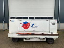 generator Iveco 8061 140 kVA Silent Aviation 400 Hertz generatorset 2002