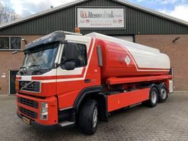 tank truck Volvo FM 340 6X2 23.200L Fuel/Kraftstoff 5 Rooms Pump EURO 5 NL Truck 2007