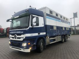 Viehtransporter-LKW Mercedes-Benz 2541 2009