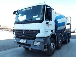 concrete mixer truck Mercedes-Benz Actros 3236 8x4 2005
