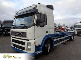 chassis cab truck Volvo FM 310 + Euro 5 + Chassis 2009