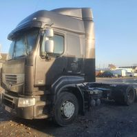 cab over engine Renault Premium 460 2011