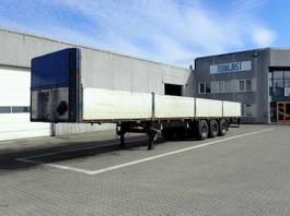 flatbed semi trailer Schmitz Cargobull 13.6 m 2002