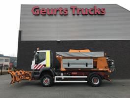 gritter truck Iveco TRAKKER 4X4 WINTERDIENST/SNOW PREVENTION/SCHNEE/SNEEUW/AUFSATZSTREU/STREUER 2005