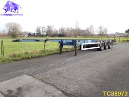 container chassis semi trailer LAG Container Transport 2011
