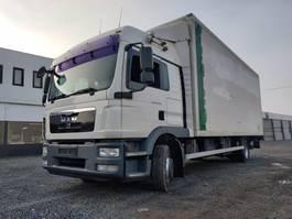 closed box truck MAN TGM 12.290 Euro5 Iso-koffer 2011