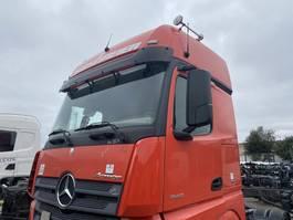 cabine truck part Mercedes-Benz 2014