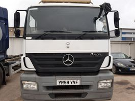 cabine truck part Mercedes-Benz Axor 1824 RHD 2009