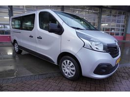 Minivan - Personenwagen Renault Trafic Passenger 1.6 dCi Grand Authentique Energy 9 Persoons Airco/Cruise 2016