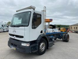 chassis cab truck Renault Midlum 2001
