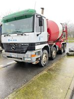 concrete mixer truck Mercedes-Benz mb3240 1999
