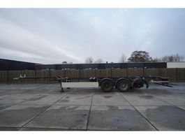 container chassis semi trailer Pacton 3 AXLE CONTAINER TRAILER 1X BROKEN HUB 2005