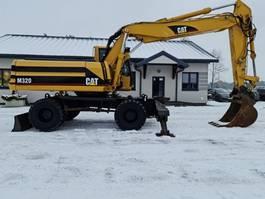 wheeled excavator Caterpillar M320 2001