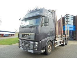 chassis cab truck Volvo FH16.700 Globetrotter / 6x4 / Woodtruck / 723.000 KM 2010