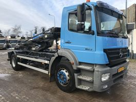 container truck Mercedes-Benz 950.50 2005