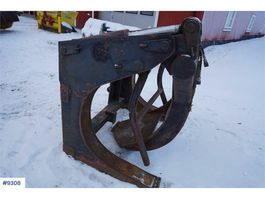 miscellaneous attachment Renholmen's timber pinch for Volvo wheel loader