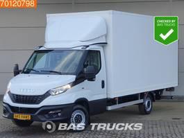 closed lcv Iveco Daily 35S18 3.0 Nieuw 490cm lang Laadklep Bakwagen XXL Zijdeur A/C Cruise control 2020