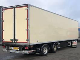 closed box semi trailer WEBTRAILER GEISOLEERDE TRAILER / STUUR-AS / OV-LAADKLEP / 2.70MTR HOOG 2011