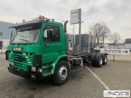chassis cab truck Scania 113 320 Full steel - Manual - Mech pump - 6 cylinder 1995