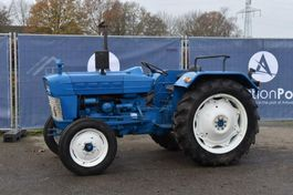 farm tractor Ford 3000