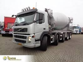 concrete mixer truck Volvo FM 480 + Euro 5 + Manual + Concrete Mixer 14m3 + 10x4 2010
