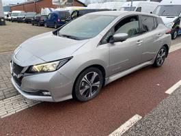 hatchback car Nissan LEAF Visia pack 40 kWh Full electric Navi Klima marge auto! 2018