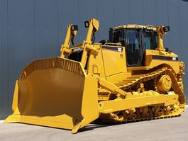 crawler dozer Caterpillar D8T 2007
