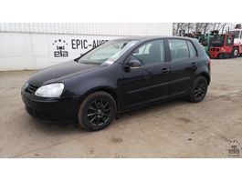 hatchback car Volkswagen Golf TDI 2005