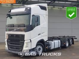 swap body truck Volvo FH 460 6X2 VEB+ 2x Tanks Liftachse Euro 6 2017