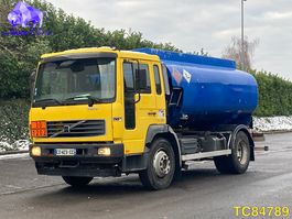 tank truck Volvo FLC 220 Euro 3 2006