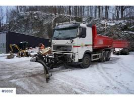 tipper truck > 7.5 t Volvo FH16 600 snow rigged w/Maur trailer 2012