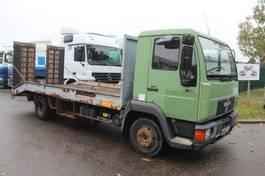 car transporter truck MAN 8.103 - CAR/MACHINE TRANSPORTER (5m50) + RAMPS - STEEL SPRING / SUSP LAMES - *180.000km* - mechanical pump / pompe mecanique 1994