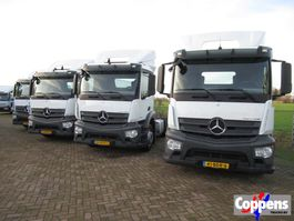 cab over engine Mercedes-Benz 1933 Trekker 4x2 Euro 6 / 5 pieces avalaible 2014