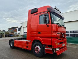 cab over engine Mercedes-Benz Actros 1843 Mega Space LS 4X2 2001