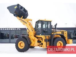wheel loader Hyundai HL 760-9A , 20t , bucket 2,5m3 , ZF gearbox , joystick , camera 2015