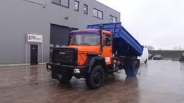 tipper truck > 7.5 t Iveco Magirus 170 - 23 (GRAND PONT / LAMES / 4X4 / V8-MOTEUR) 1987