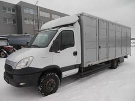 Viehtransporter-LKW Iveco Daily 70C21/P 2012