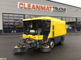 Road sweeper truck Ravo 540 with 3-rd brush 2007