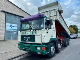tipper truck > 7.5 t MAN 35.372 K 8x4 Kipper 13 T Achsen Spring/Blatt