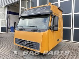 cabine truck part Volvo Volvo FH2 Globetrotter L2H2 2005