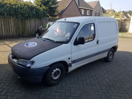 closed lcv Peugeot PARTNER  1.9 D 1997