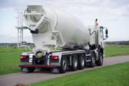 concrete mixer truck DAF DAF FAD 530 10x4 naloopas met 15m3 Stetter mixer 2021