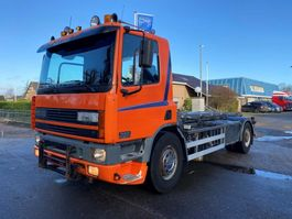 container truck DAF 75CF 250 MANUAL STEEL SPRING EURO 2 1999