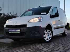 closed lcv Peugeot PARTNER 1.6 2014