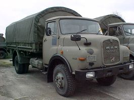 drop side truck MAN 11.136 - 4x4