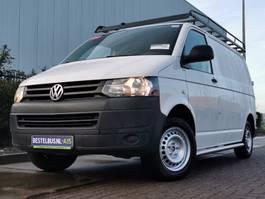 closed lcv Volkswagen Transporter 2.0 TDI l1h1, airco, imperia 2015