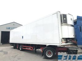 refrigerated semi trailer Schmitz Cargobull SKO 24 3ass gestuurde koeler ov klep SL400e OH89JL 2004