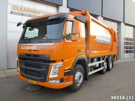 garbage truck Volvo FM 330 2016