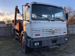 container truck Renault G300 G 300 - mech.pump - full steelsuspension 1994