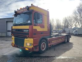 container truck DAF XF 95.380 6x2 Manual Gearbox 2001